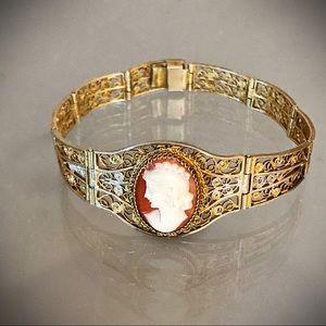 Vintage Cameo Gold Filigree Bracelet